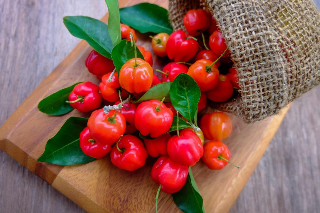 Acerola owoc